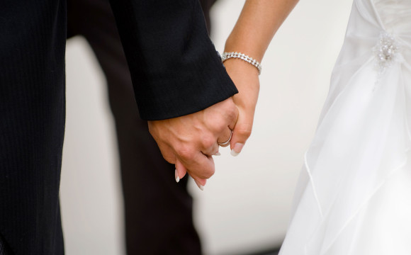 Craft Your Big Day: Choosing an Independent Wedding Venue